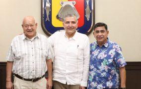 Se reúne Gobernador Víctor Castro con Secretario de Gobernación, en La Paz
